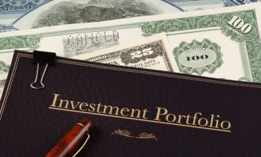 investment portfolio on top of certificate and usd