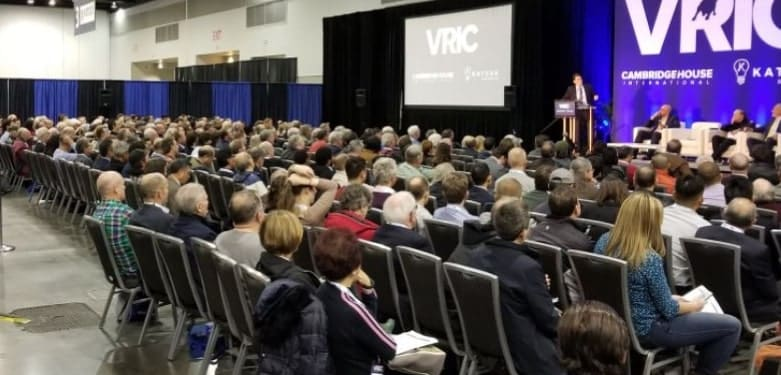 Room full of people at Vancouver Resource Investment Conference